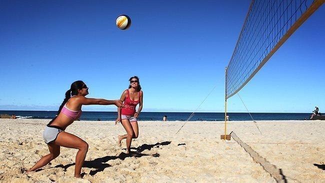 Beach volley jpgFamily Beach Volleyball Fun